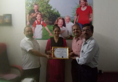 Dr. Reshma Tondekar, Holistic Homeopathic Clinik Chiplun being felicited on behalf of our Outreach Center as Covid Warrior for her noteworthy social services during lockdown period.